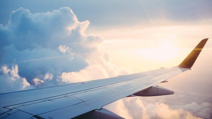 Retorno gradual dos voos internacionais e domésticos está previsto para maio